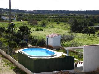 Casa Girassol, Pera
