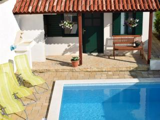 Villa Tomasovic, stunning view and pool