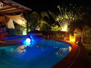 Maison recente avec piscine a 3 mn du lagon