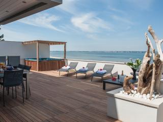 Villa de luxe 4* vue exceptionnelle Pieds ds l'eau