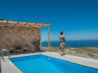 Romantic villa Dream with swimming Pool, Imerovigli