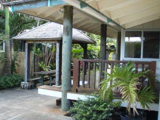 Sunset House - amazing location, Haleiwa