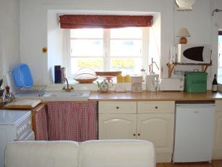 Traditional Detached Stone Breton Cottage, Sleeps5, Plesidy