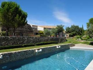 Perfect Family Home With Stunning Views - Luberon, France, Cabrieres-d'Avignon