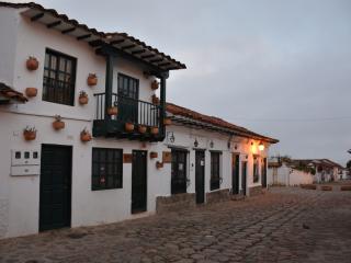 CASA DE LOS CASTILLO (A UNA CUADRA DE LA PLAZA PRINCIPAL), Villa de Leyva