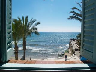 Front Beach Superior, Sitges