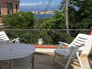 casa vacanza in Sicilia con vista Scilla e Cariddi