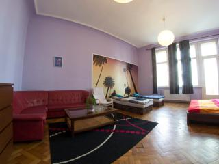 3-Bedroom City Center Apartment 135m2 Prague 1, Praga