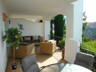 Luxury La Quinta Apartment, Marbella