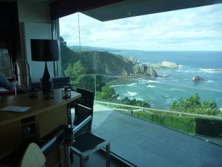 Espectaculares vistas al mar a 15 mn. del aeropuerto de Asturias