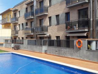ALQUILO APART. CON PISCINA Y AIRE ACONDICIONADO, Sant Pere Pescador