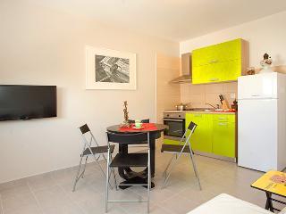 Twin apartment - GREEN, Split
