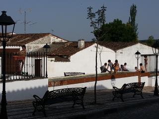 CASA RURAL EN PLENA SIERRA DE ARACENA, Hinojales
