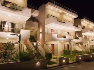 Sandy Point  Villas - Luxury villas by the beach
