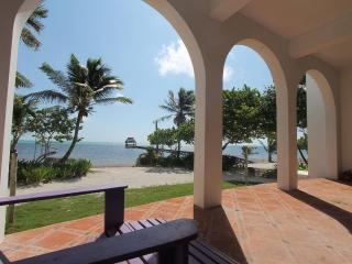 Private, Beautiful, Oceanfront 2 Bedroom Home, San Pedro