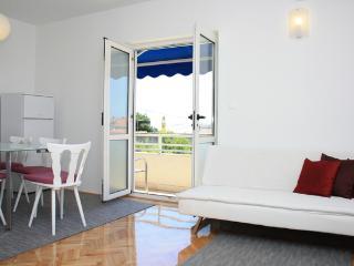 Apartment Mira, Makarska