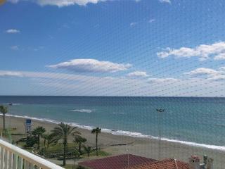 apartamento primerisima linea de playa, Rincón de la Victoria