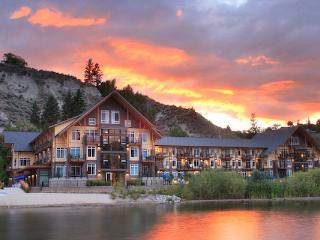 Summerland Resort 1 Bedroom Condo with Lake View