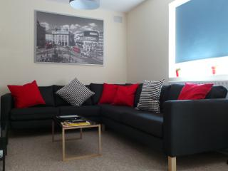 Stunning 5 bed apartment Zone 2 Stockwell, SW4