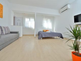 Studio Apartment Stipe