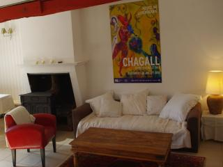 Maison près de Bordeaux, jacuzzi et sauna privés, Barsac