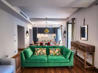 Grand Urbana Duplex apartment in Centro Storico with WiFi & airconditioning., Rome