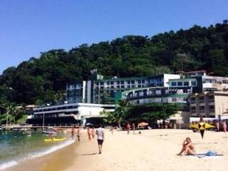 24 hrs security + boat rent + ocean view, Angra Dos Reis