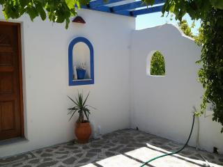 Private House150 from logaras beach/Paros,.