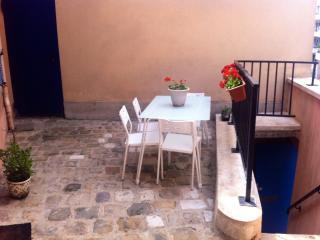 Appart' indépendant avec terrasse près de Paris, Fontenay-aux-Roses