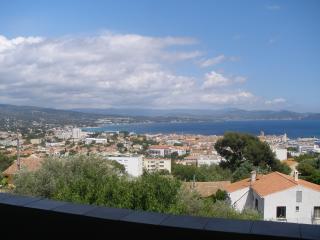 Haut de Villa 71 m² - Terrasse  vue exceptionnelle, La Ciotat