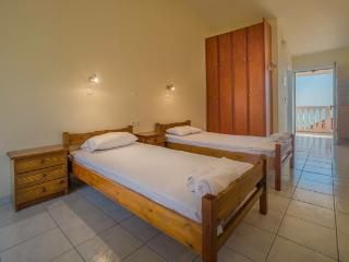 Sunrise Rent Rooms, Zakynthos Town