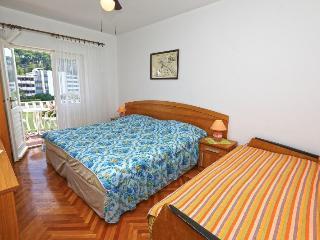 Apartment Petronila 5, Hvar