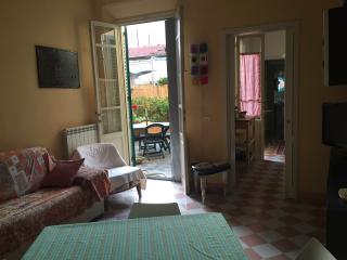 Nuova Casa Vacanze Buganvillea, Viareggio
