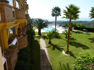 APPARTEMENT VUE sur MER + BALCON + 1 SUITE + 1 CH. + 2 Piscines près de Marbella, Sitio de Calahonda