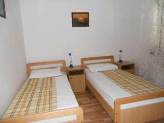Apartman Julija, Njivice