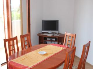 Double room apartment with a sea view, Sukosan