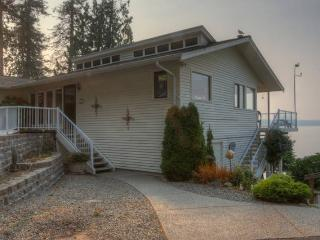 Island Living in Gig Harbor-- 200 ft waterfront