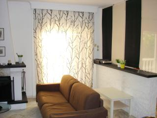 Modern Apartmet 50m from the beach, Thessalonique