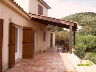 Location estivale villa 4-6 personnes vue mer, Belvedere-Campomoro