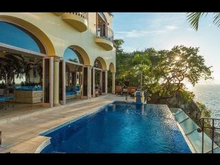 Villa Luna Creciente, Boca de Tomatlan