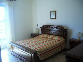 Sicile, appartement 2/3personnes, à 30 min mer, Montedoro