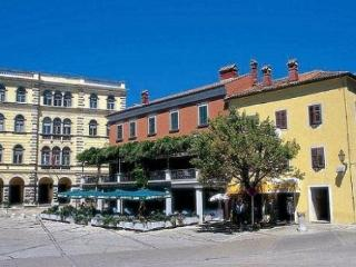Two floor apartment in old Istrian house