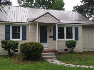 Cottage Home 1946 (updated pictures soon,  unfinshed work has been completed), Jacksonville