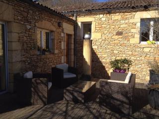 200 m de la cite medieval, maison pierre, piscine, Sarlat-la-Canéda