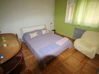sunny apartment marina