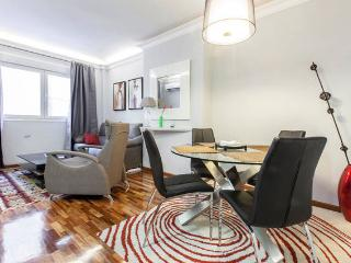 Modern/quiet flat in Gran via/Callao