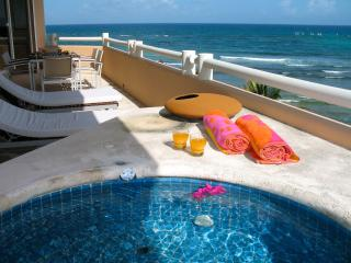 Alta Vista Luxurious Penthouse 3 Bedrooms / 8 pers, Puerto Aventuras