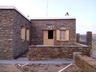 Σκλαβοχωριό Νικόλαος Γύζης σπίτι, Exomvourgo