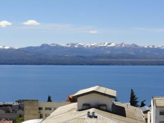 Monoambiente con Espectacular Vista al Lago