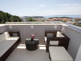 Apartment Makarska Mauro